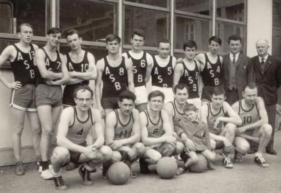 Senior-M-1963